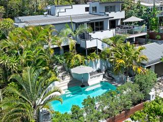 Peregian Holiday House Private Resort Pet Friendly, Peregian Beach