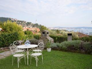 Studio in villa: verde e mare a 10 min da Trieste