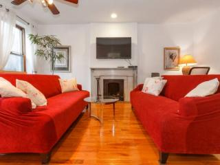 Quiet and Bright, 2 bed Pied a Terre 993, New York City