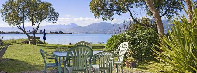 Camelot Island Retreat - Best Island Nelson Holiday Home, Richmond