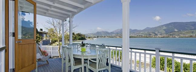 Monaco Waterfront Villa Nelson Holiday Home at the Waters Edge!
