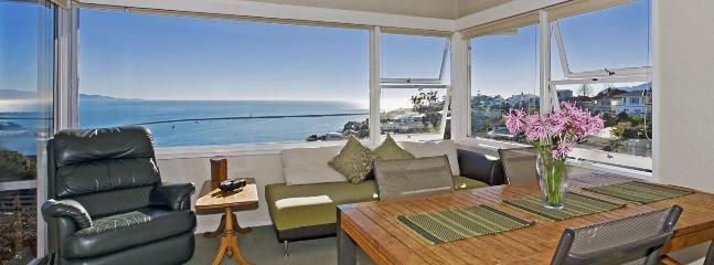 Lighthouse View - Nelson Waterfront Holiday Home with Views!