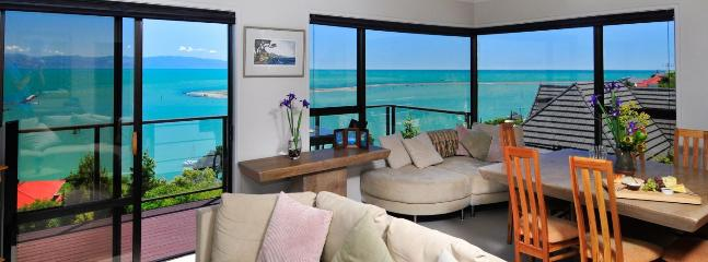 Ocean Dreaming Nelson Holiday Home with Spa!