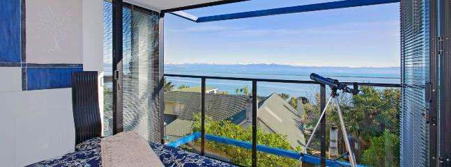 Coastal Escape Holiday Home Nelson - Sensational Seaside Retreat!