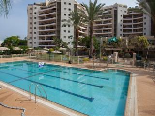 One bedroom with Patio #25, Ra'anana