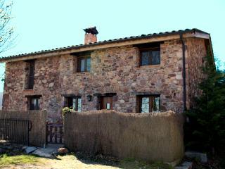 Fachada principal de la casa rural en Camprodon