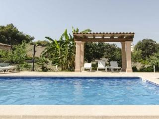 Villa/Home with pool 3bed up to 8 people, Cala Bona