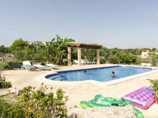Villa/Home with pool 3bed up to 8 people