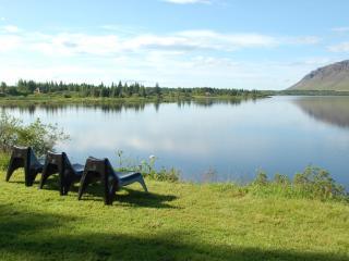 Luxury Holiday Lakehouse Villa
