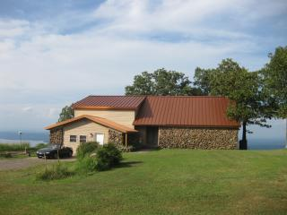 Summit House Atop Mt Nebo State Park, Dardanelle