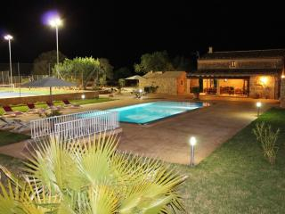 Beautifulfinca with private pool,tennis,volleyball, Llucmajor