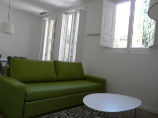 The Museum Apartments 1A - Ap. 4 pax, Figueres