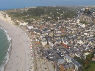 50m de la plage / 50m from the beach