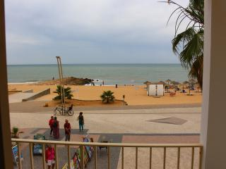 ideal apartment for a couple by the sea, Quarteira