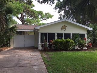 206 Ocean Ave, New Smyrna Beach