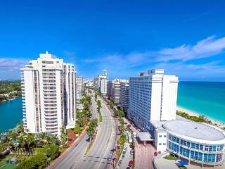 Oceanfront building Suite, Miami Beach