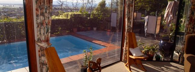 Arapiki Nest Nelson Holiday Home with 5 Bedrooms, Views & Pool!