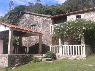 Casa de 130 m2 de 4 dormitorios en Mazaricos