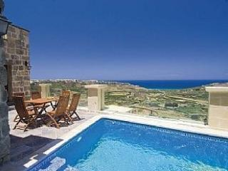 Villa With Private Pool And Panoramic Ramla Bay