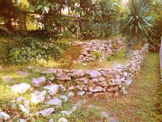Appartamento con giardino vicino al mare, Castiglioncello