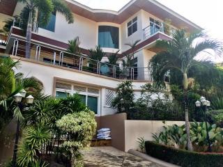 Kata Private Villa, Karon