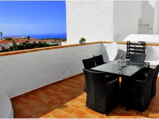 Magnificent townhouse in Callao Salvaje