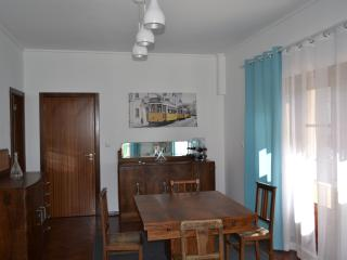Groundfloor 2 rooms + 1 WC in Casa Amarela Belem, Lisbon