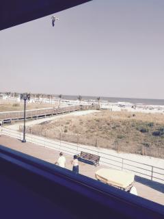 Atlantic City Boardwalk & by the Beach Room