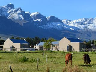 Saronsberg Vineyard Cottages, Tulbagh