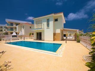 28 Athena Beach Villas, Pernera, Protaras