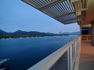 Cairns Luxury Apts - Harbourlights Complex (2 bed) - 23P0056