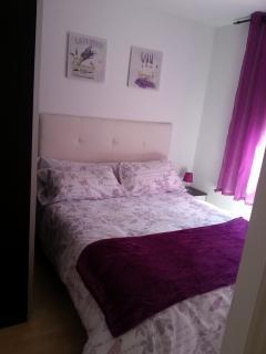 Habitación con cama de 1,50 y vistas