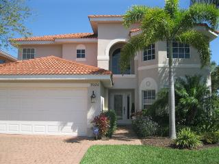 Luxury 4Bedroom Pool Home in the Reserve at Estero, Fort Myers