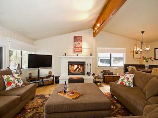 A nice gas fire to keep you cozy.