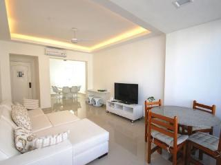 Sunny and Spacious 3 Bedroom Apartment with Stunning paraell Views of Copacabana Beach, Rio de Janeiro