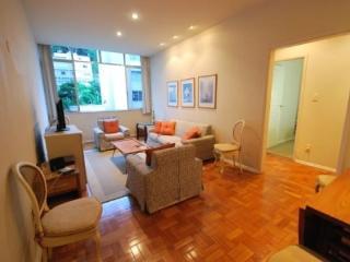 Nice, Clean 2 Bedroom Apartment in Copacabana Close to Beach, Rio de Janeiro