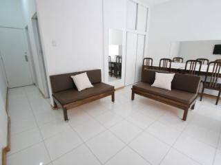 Large 1 bedroom apartment located in the heart of Copacabana, Rio de Janeiro