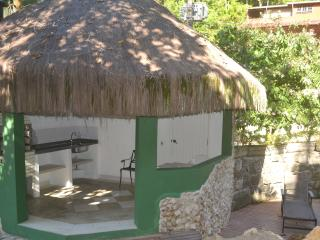 Conheça 3 praias caminhando, Ubatuba