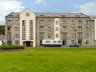 APARTMENT NO.16, off road parking, central location,in Westport, Ref 927025