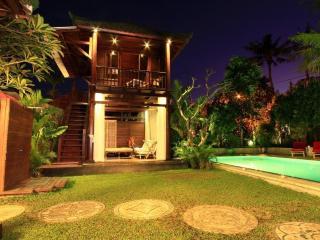 Villa Manggis, 8 Bedrooms Villa, Sanur, Bali