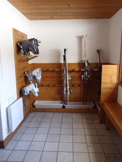 Heated drying room