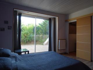 DATCHA Bourguigonne MACONGE chambre 1