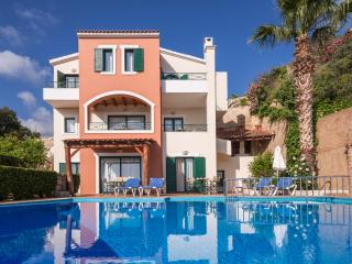 6 Bedroom Luxury Villa, Private Pool, Sea View, Chania Town