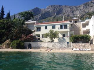 Villa Maria, Brist