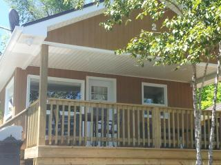 Ogopogo Resort/Mountain Lake/One Bedroom Lakefront, Minden