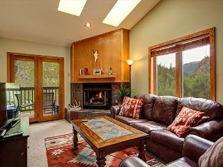 2BRA/2BA Main St. Frisco Rental with Creekside Balcony, Mountain Views