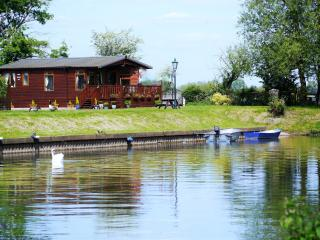 Bend in the River Lodge, Stratford-upon-Avon
