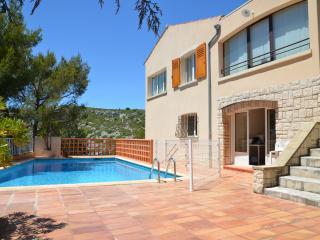 La Maison du Vallon. 4 pers, piscine, jardin, vue., Cassis