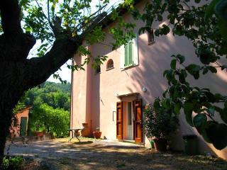 Rubbiano House casale ad 1km dal centro, Spoleto