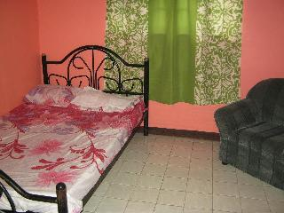 guest house/rooms for rent, Dasmarinas City